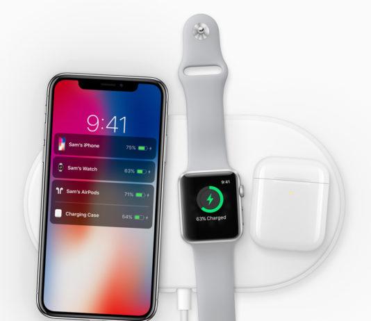 iPhone X und Apple Watch auf den Charging Dock