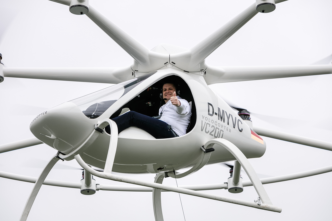 volocopter-manned-test-flight