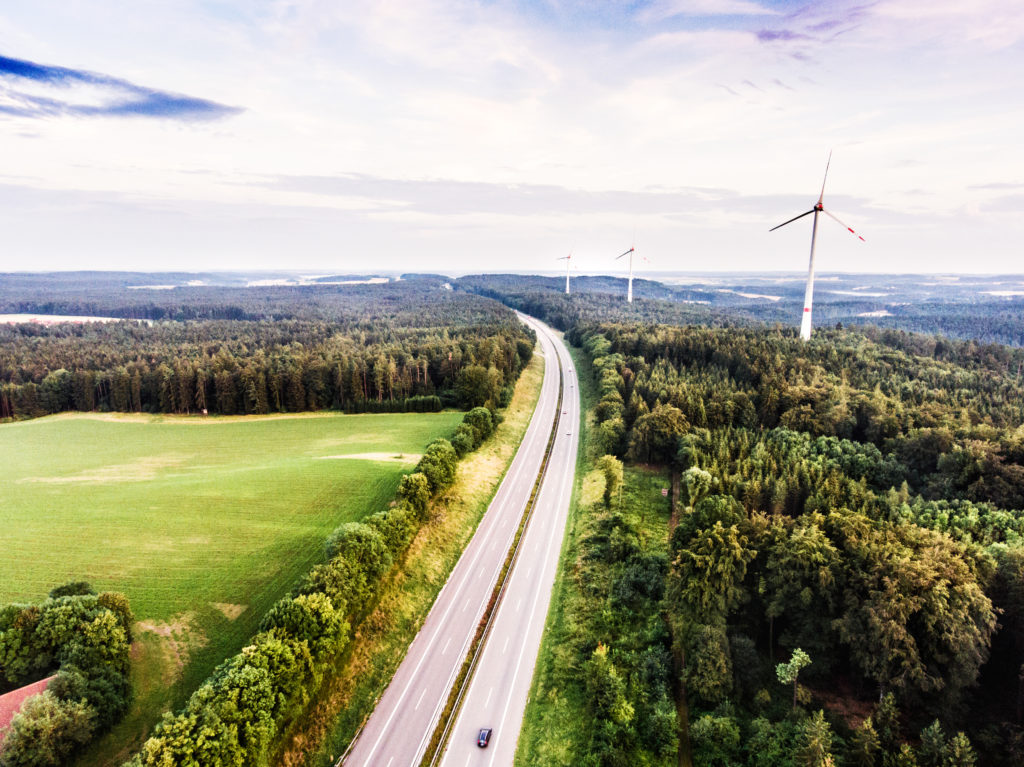 SwitchDin brings renewable energy into the distributed network.